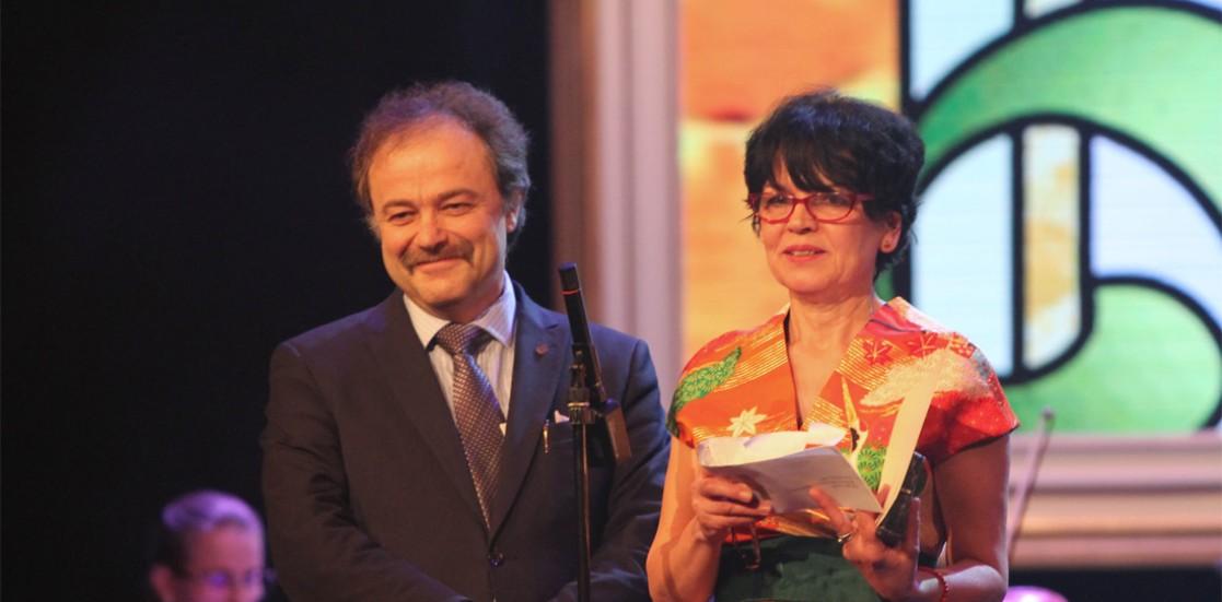 """Maria Miu: """"Învăţ de la regizori, actori, tehnicieni, prieteni, copii, înţelepţi"""""""