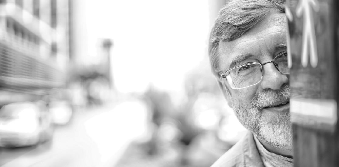 """(Română) Matei Vișniec: """"Soarta artiştilor la bătrîneţe nu este niciodată blîndă"""""""
