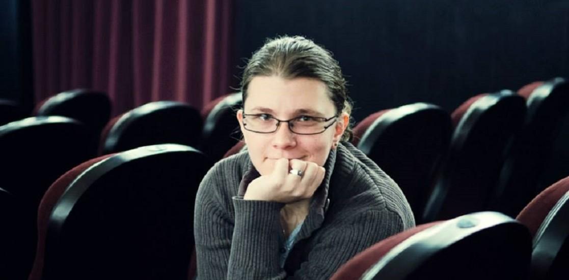 """Alina Epîngeac: """"În critica de teatru sunt pentru o părere avizată, exprimată într-un limbaj normal"""""""