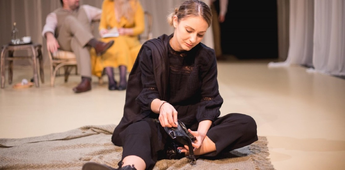 """Marina Fluerașu, actriță: """"Mersul la teatru este ca o busolă"""""""