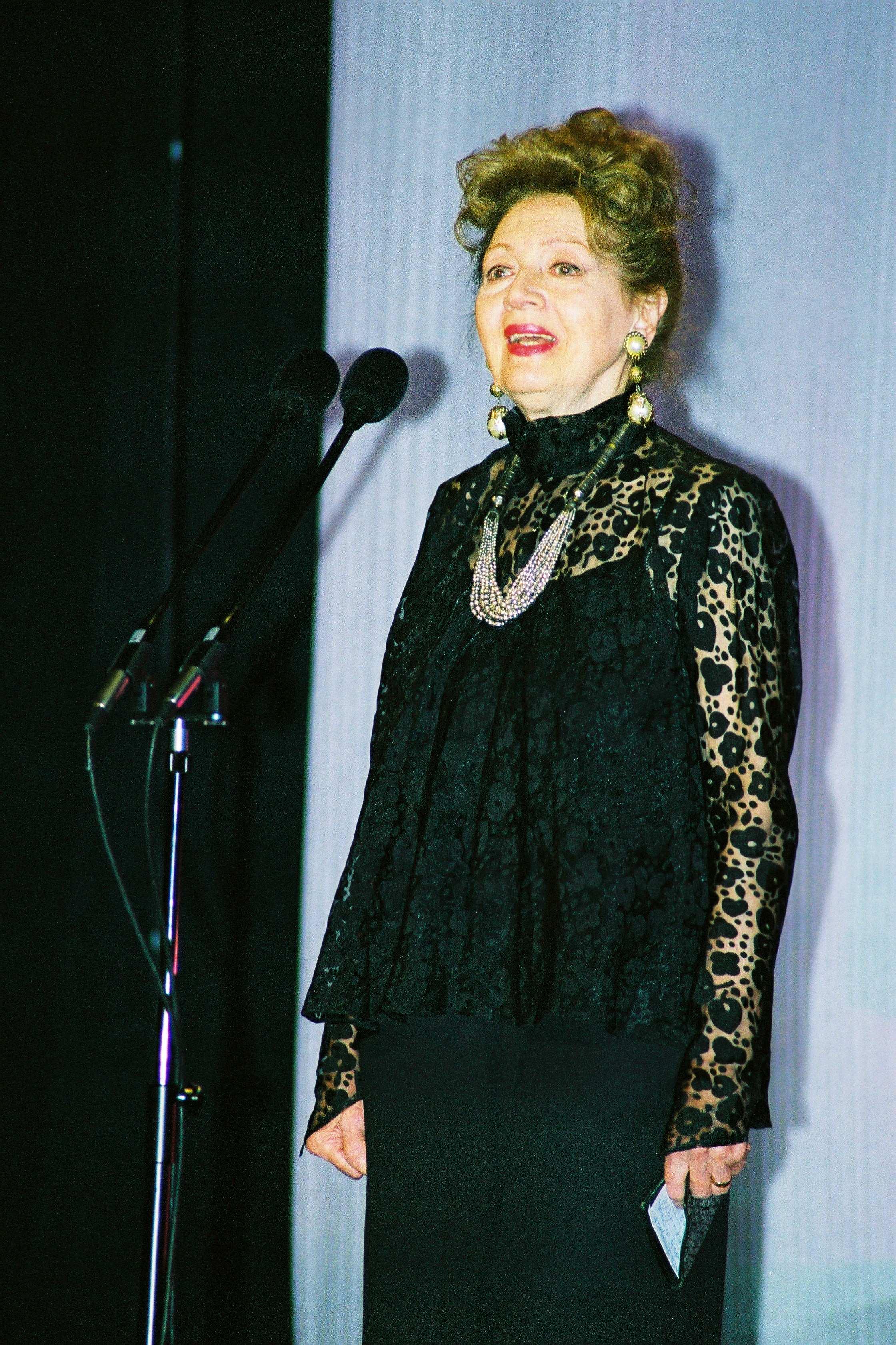 Carmen Stănescu