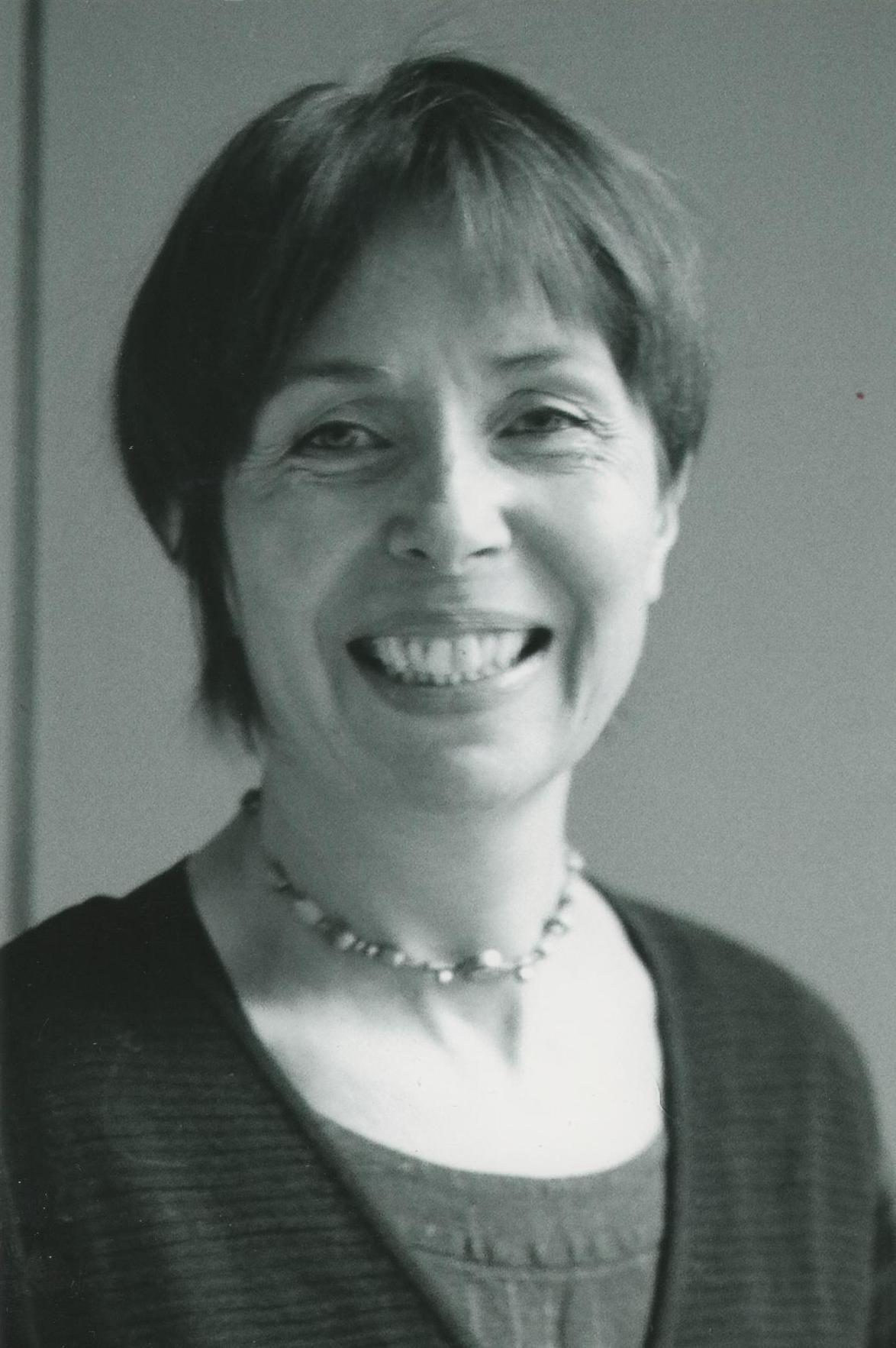 (Română) Magda Mugur